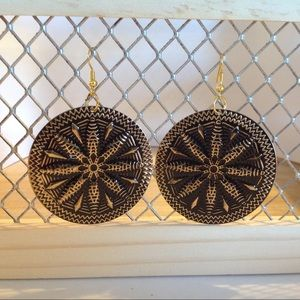 Gold and Black Disc Fashion Earrings